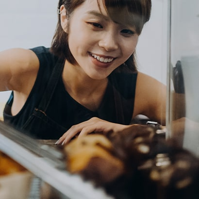 bakery worker serving food