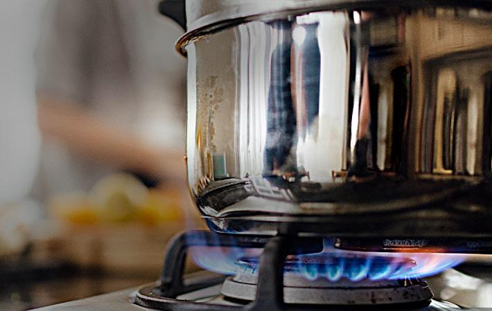 pot on gas stove